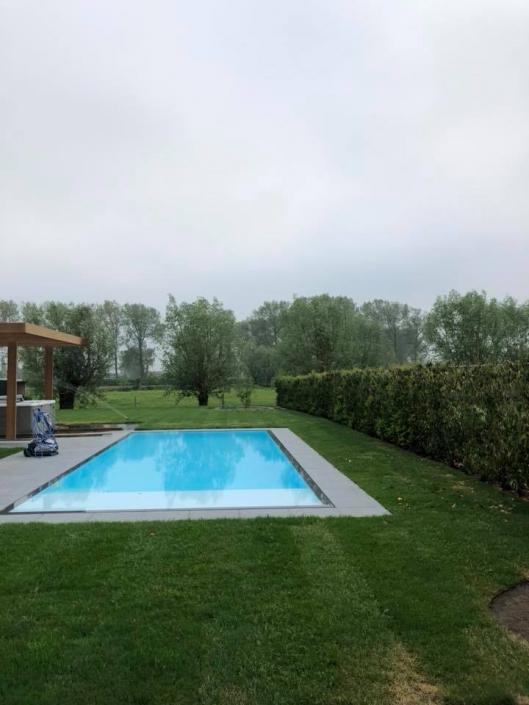 overloop zwembad ppc