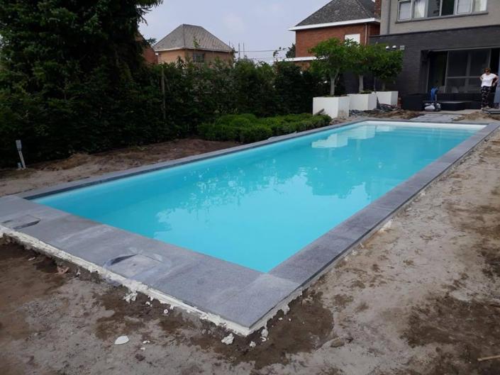 Zwembad-Heist-op-den-berg